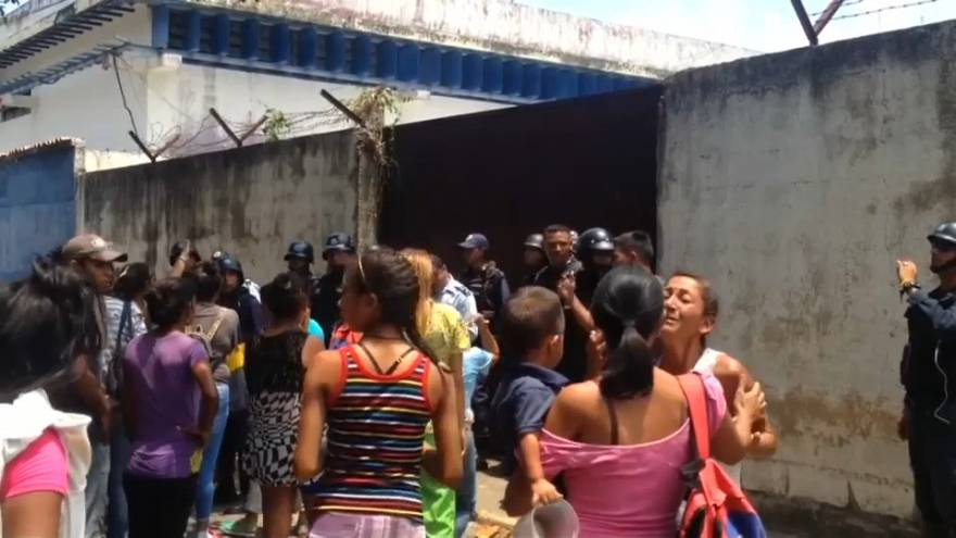68 muertos en un un motín en una comisaría de Venezuela
