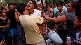 Incêndio em prisão na Venezuela faz 68 mortos