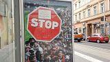 Macar Başbakan Orban, Brexit'in göç karşıtı posteriyle oy peşinde