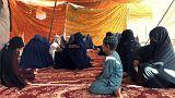 افغانستان؛ زنان ولایت هلمند به کاروان صلح با طالبان پیوستند