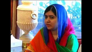 Malala hazalátogatott Pakisztánba