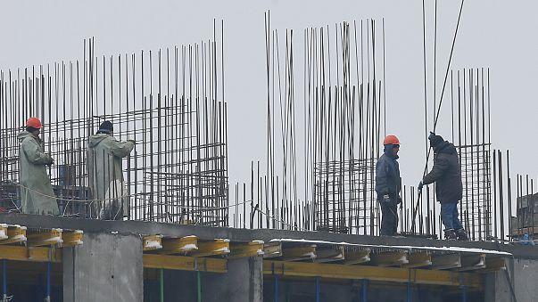 Bajan los salarios, pese a la recuperación económica