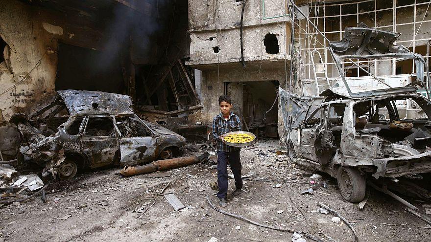مصدر حقوقي: مقتل 871 مدنياً سورياً بينهم 179 طفلاً خلال شهر في الغوطة