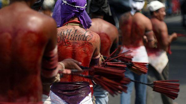Обряд самобичевания на Филиппинах