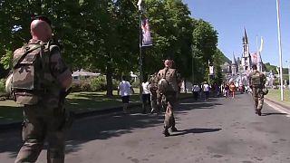 Fransa'da araçla askere saldırı girişimi
