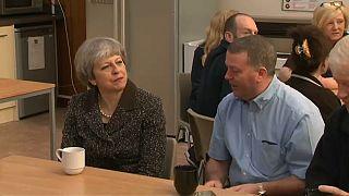 El viaje de Theresa May al precipicio del brexit