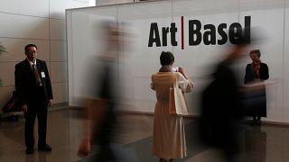 """""""Art Basel Hong Kong"""" atrai artistas e colecionadores"""
