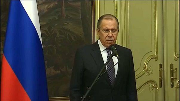 Oroszország kiutasít 60 amerikai diplomatát