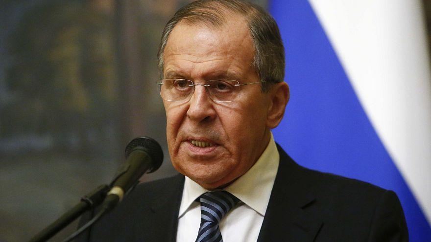 """Rússia dá """"resposta simétrica"""" aos EUA na crise diplomática"""