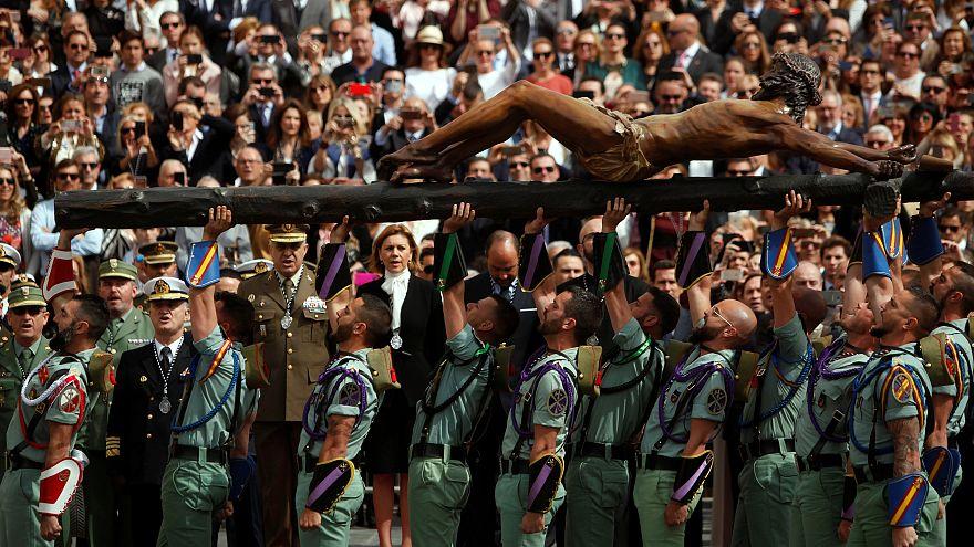 Страстная процессия испанских легионеров