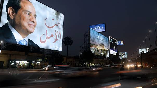 الإصلاحات الاقتصادية الصارمة والاستقرار السياسي وراء مساندة رجال أعمال مصرييين للسيسي