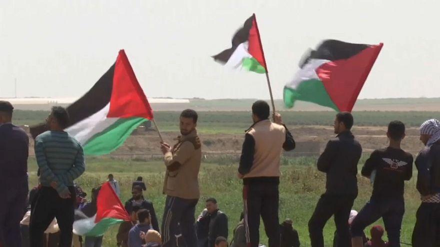 Gaza: la 'Marcia per il ritorno' al confine con Israele. Il primo bilancio di sangue
