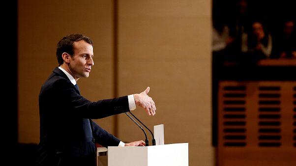 Macron bei einer Rede in Paris