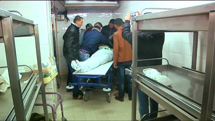 El Ejército israelí mata a un palestino y hiere a otro en el sur de la Franja de Gaza