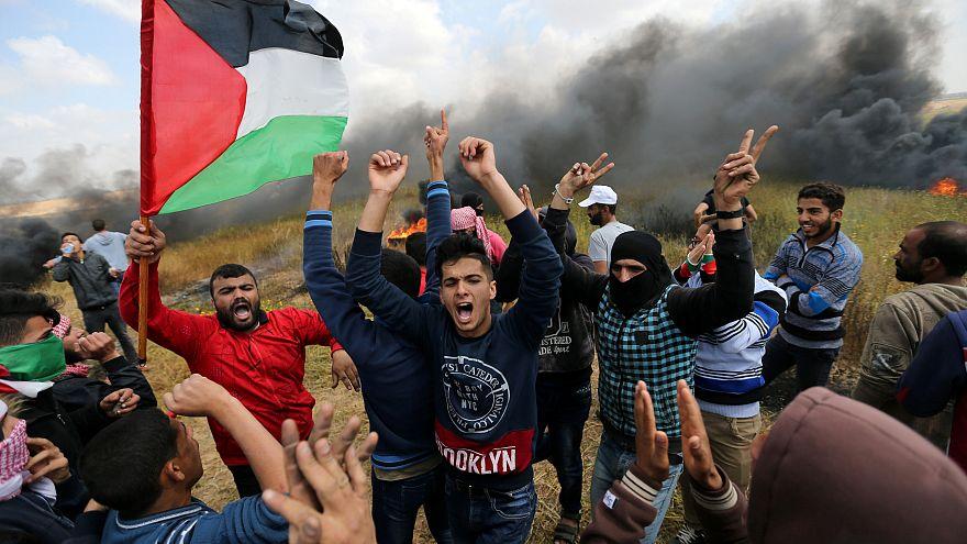مقتل 13 فلسطينيا على الأقل خلال مظاهرات مخلدة ليوم الأرض