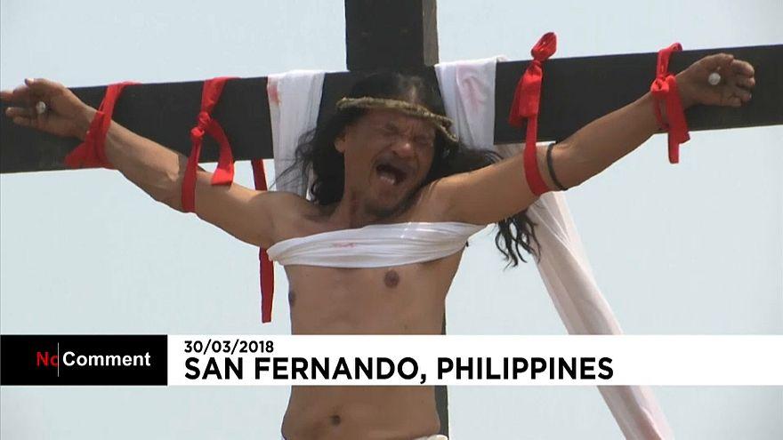 شاهد كيف يكفر الفلبينيون عن ذنوبهم بأسبوع الآلام