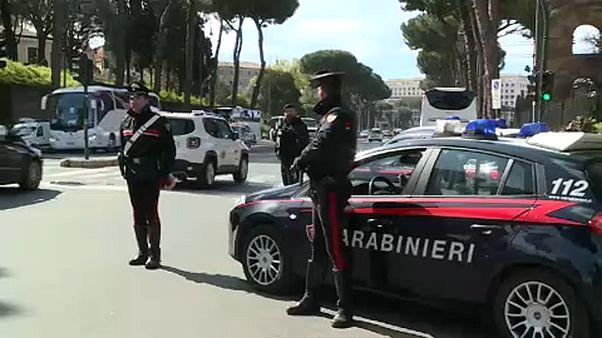 Húsvét: tízezer járőr Rómában