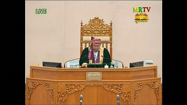 Myanmar: Yeni devlet başkanı Parlamento'da yemin etti