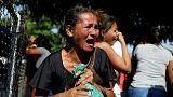 شاهد: تأبين ضحايا حريق مخفر للشرطة في فينزويلا