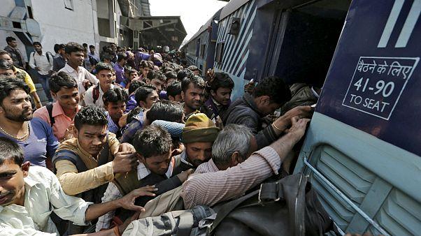 رقابت ۲۵ میلیون نفر برای نود هزار فرصت شغلی در راه آهن هند
