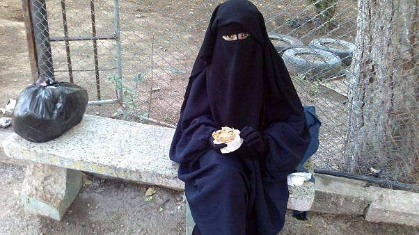 IŞİD militanlarının dul kadınları evlerine geri dönmek istiyor