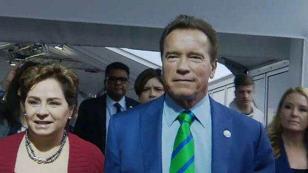 """""""I'm back"""": Arnold Schwarzenegger nach der Not-OP"""