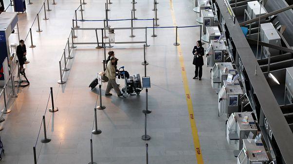 Забастовка в аэропортах Португалии и Франции
