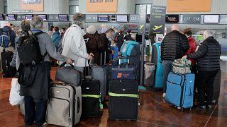 Χάος από τις απεργίες στις αερομεταφορές