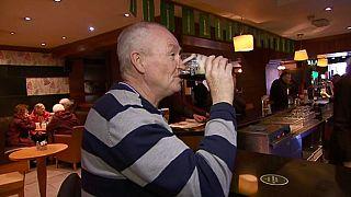 """""""Sláinte!"""": Pubs in Irland dürfen am Karfreitag wieder Alkohol verkaufen"""