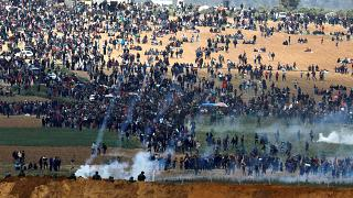 إضراب شامل في الأراضي الفلسطينية عقب مقتل 17 شخصا في مسيرة العودة الكبرى