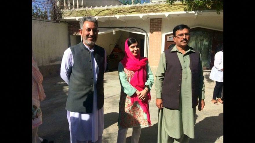 مالالا يوسف زاي تزور مسقط رأسها في باكستان لأول مرة منذ إطلاق طالبان النار عليها