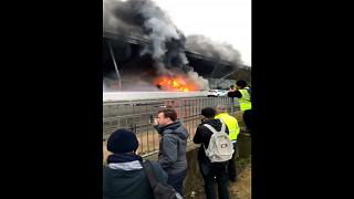 Brand am Londoner Flughafen Stansted