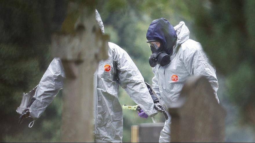 پلیس بریتانیا در حال بررسی ابعاد حمله با گاز اعصاب به جاسوس روس و دخترش