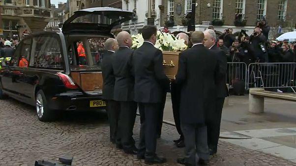 Cambirdge: i funerali di Stephen Hawking