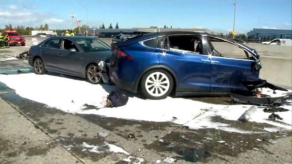 Segundo accidente mortal de un Tesla en 'piloto automático'