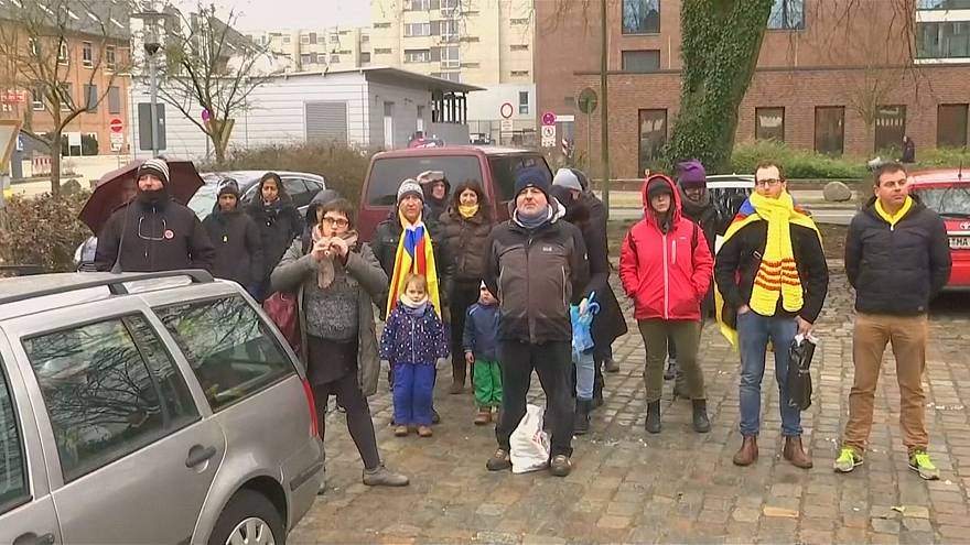 Puigdemont supporters demonstrate outside of Neumuenster prison