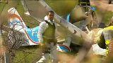 Francia: aereo bimotore si schianta in autostrada, 2 morti