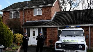 Наряд полиции дежурит у дома Сергея Скрипаля