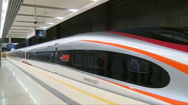 الصين تختبر قطارات فائقة السرعة على خط جديد