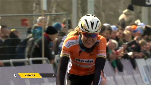"""الهولندية  فان دير بريغن تحرز أول  لقب لها في طواف """"دي فلاندر"""""""