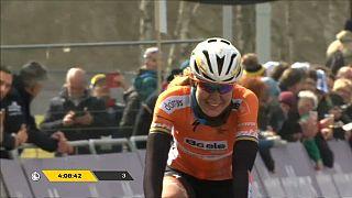 Anna Van der Breggen vence o Tour da Flandres