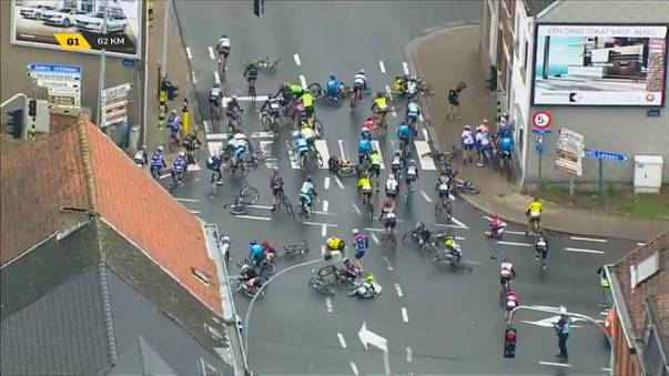 Flanders Bisiklet Turu kadınlarda talihsiz kaza