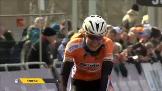 Γύρος της Φλάνδρας: Νικήτρια η Ολλανδή Βαν ντερ Μπρέγκεν