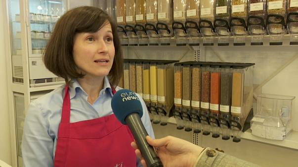 Verpackungsfrei-Ladenbetreiberin Melinda Sipos