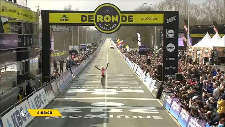 Hármas holland kerékpáros siker