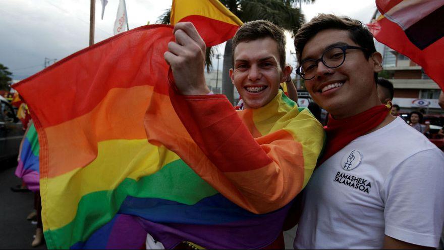 Supporters of Carlos Alvarado Quesada