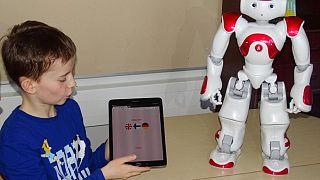 Φινλανδία: Ρομπότ - δάσκαλοι μαθαίνουν σε παιδιά αγγλικά