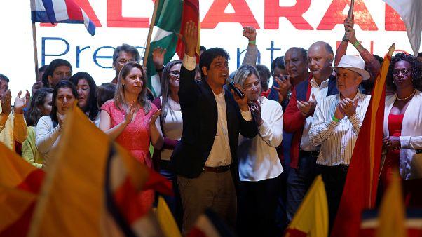 Kosta Rika'da seçimleri merkez sol kazandı