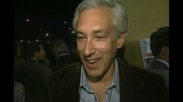 Muere Steven Bochco, rey de series de éxito en TV