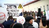 Protesto contra contaminação de lixeira a céu aberto